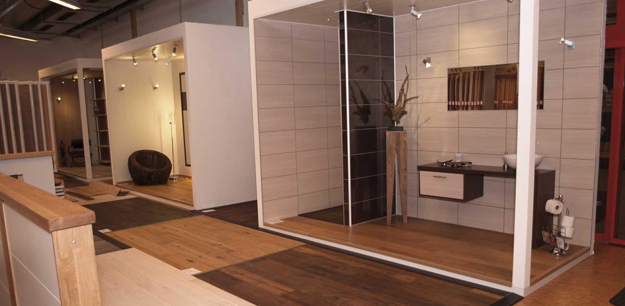 Bodenbeläge in Raumbeispielen in den Ausstellungen von HolzLand Verbeek