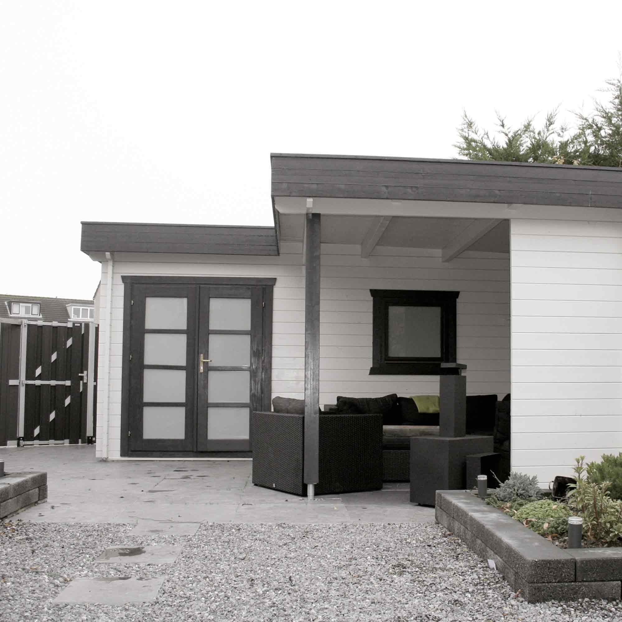 Modernes Gartenhaus aus Holz – HolzLand Verbeek