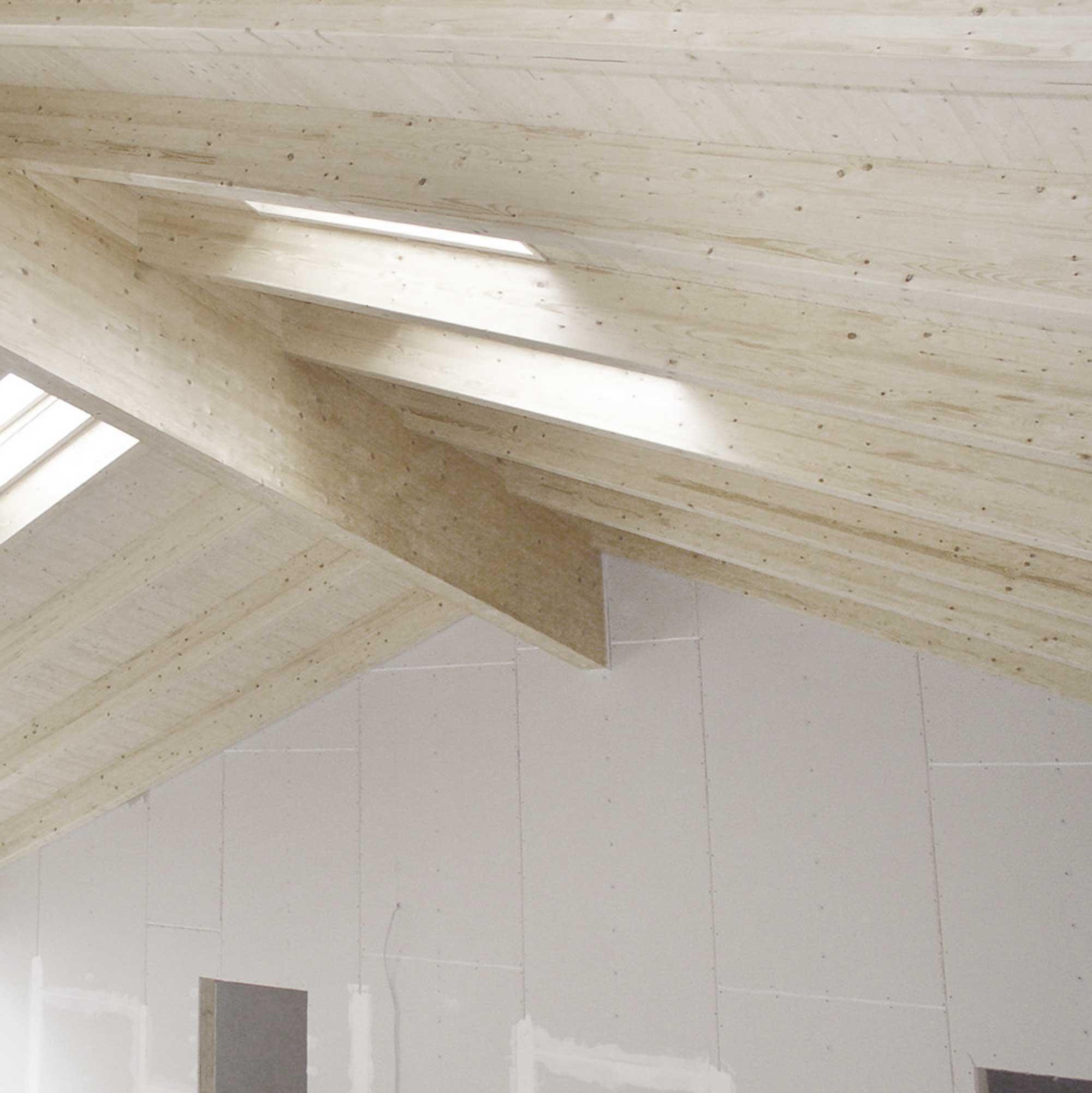Dachstuhl aus KVH – HolzLand Verbeek