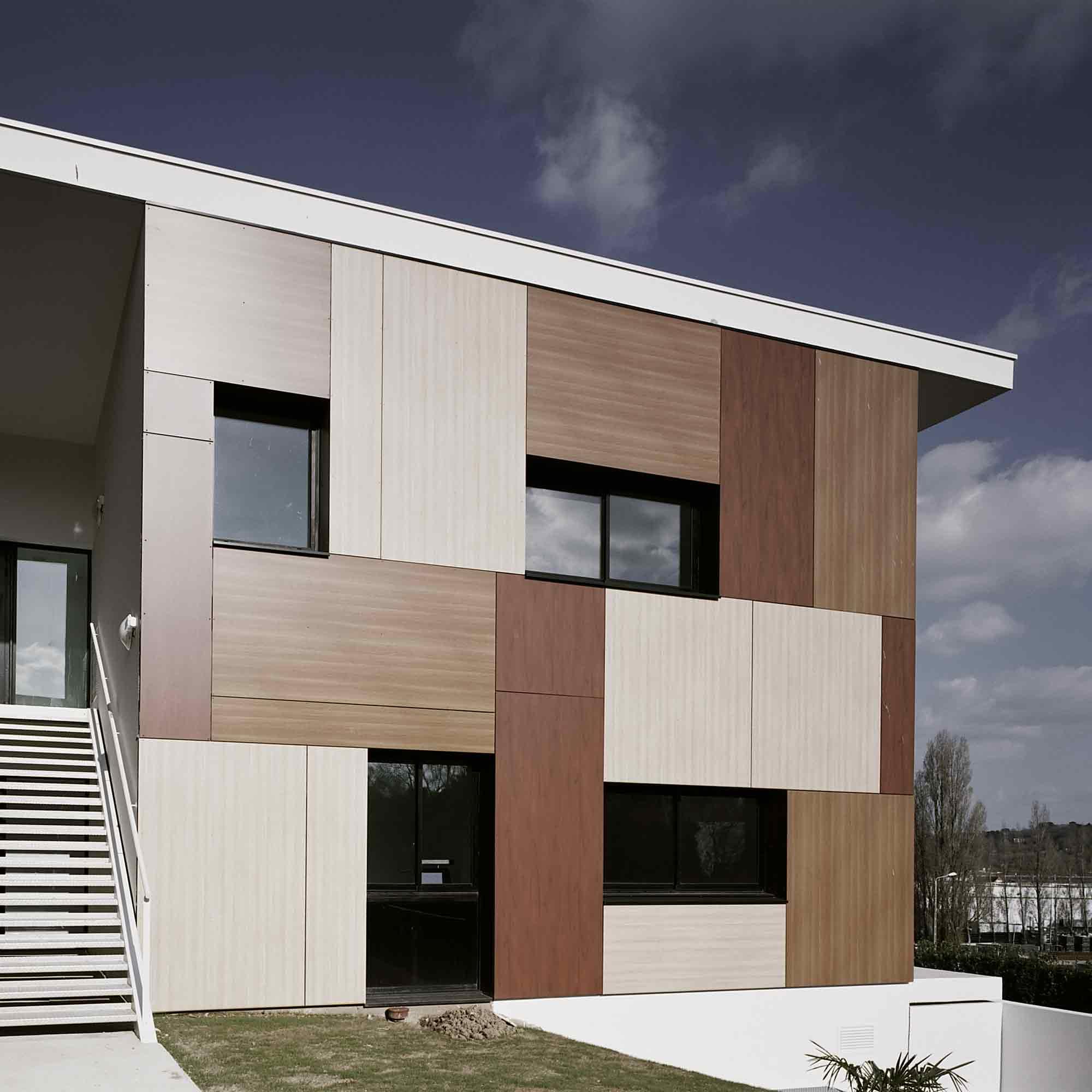 Moderne Kunststofffassade – HolzLand Verbeek