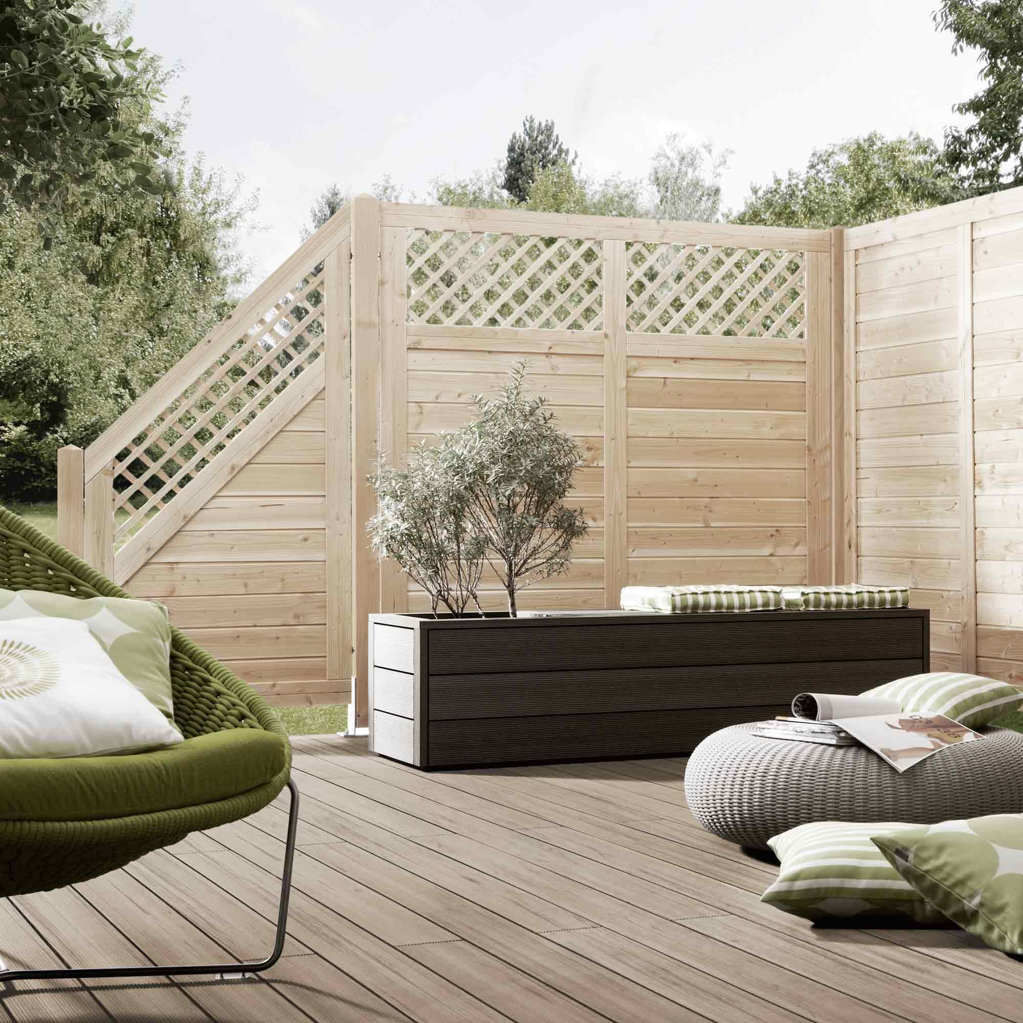 Helle Sichtschutzzäune aus Holz für den ländlichen Wohnstil – HolzLand Verbeek