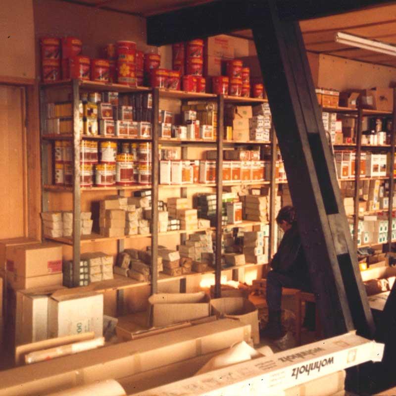 Regal mit viel Zubehör für alles aus Holz von HolzLand Verbeek